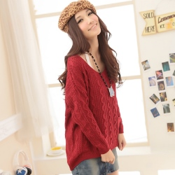 【La Belleza】暖冬時尚V領斜肩波浪粗針織口袋毛衣
