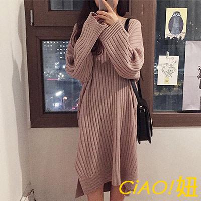 V領坑條長袖開衩針織洋裝 (共二色)-CIAO妞
