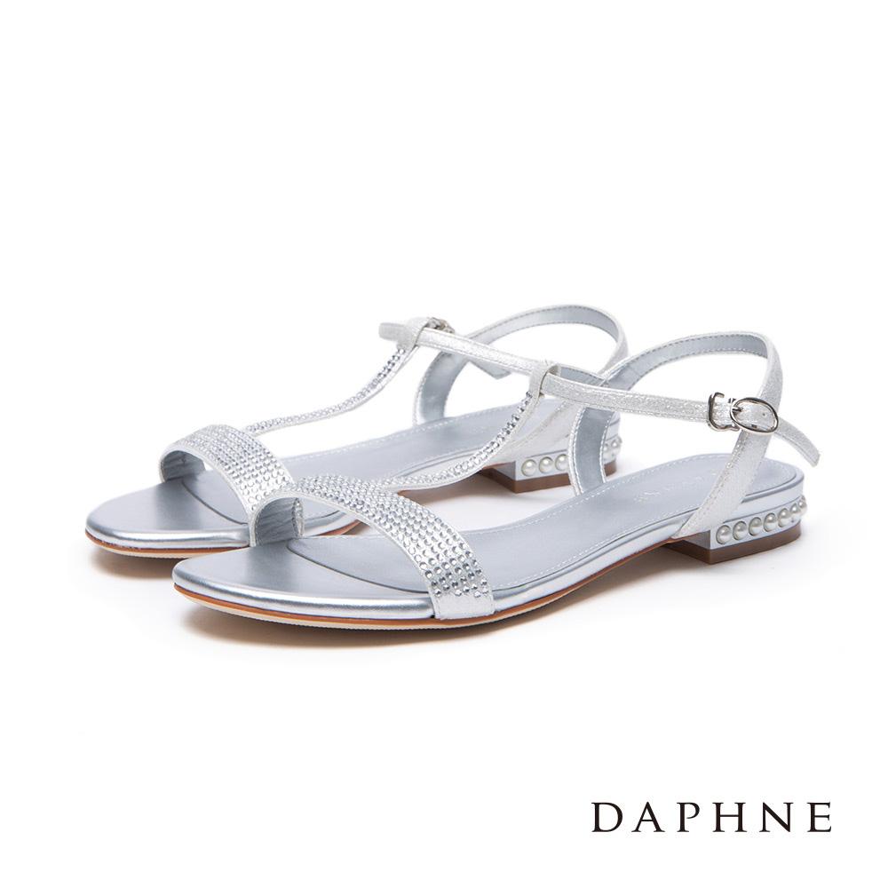 達芙妮DAPHNE涼鞋-水鑽綴珍珠T字平底涼鞋-銀
