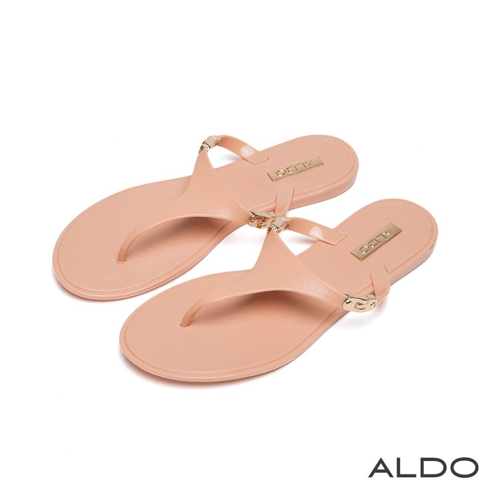 ALDO 亮面金屬釦性感V字夾腳低跟涼鞋~氣質裸色