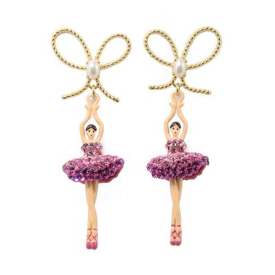 Les Nereides 優雅芭蕾舞女孩系列 蝴蝶結閃耀水鑽桃粉色舞者耳針式耳環