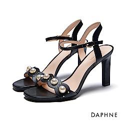 達芙妮DAPHNE 涼鞋-珍珠花邊一字高跟涼鞋-黑