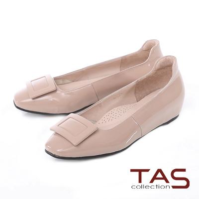 TAS 方形扣飾漆皮內增高娃娃鞋-輕感膚
