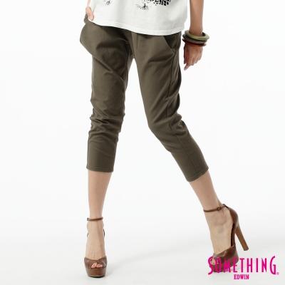 SOMETHING-LADIVA飛鼠七分褲-女-橄欖綠