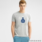 GIORDANO 男裝趣味圖案字母印花純棉修身短袖T恤- 04中花灰色