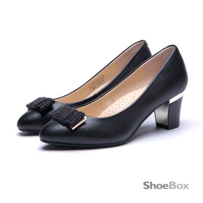 鞋櫃ShoeBox-簡約仕女水鑽蝴蝶結粗跟鞋-黑