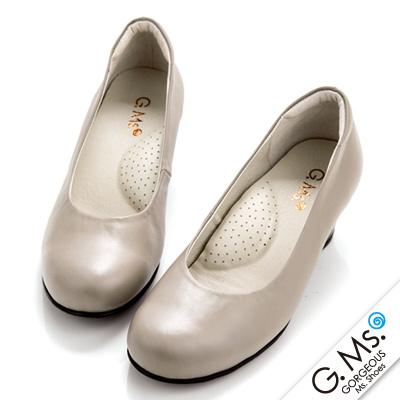 【G.Ms.】MIT系列‧通勤必備全真皮素面小粗跟鞋‧優雅米灰