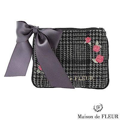 Maison de FLEUR 玫瑰刺繡蝴蝶結小包包