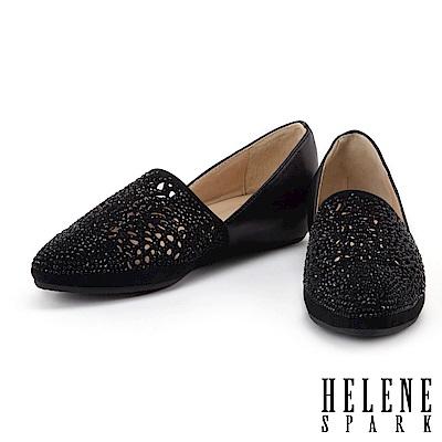 平底鞋 HELENE SPARK 華麗自信晶鑽設計沖孔異材質拼接尖頭內增高平底鞋-黑