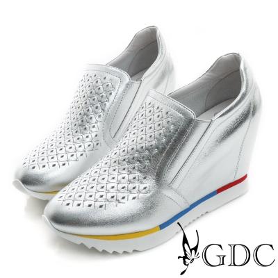 GDC-水鑽菱格紋沖孔真皮內增高厚底懶人休閒鞋-銀色