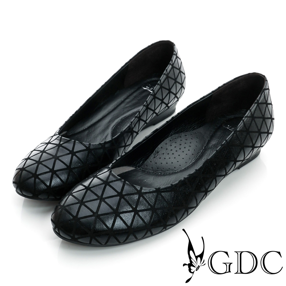 GDC都會-三角幾何造型楔型真皮低跟鞋-黑色
