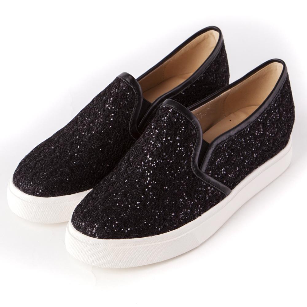 ALLEGREZZA‧舒適時尚‧閃亮亮內增高圓頭厚底樂福鞋 黑色