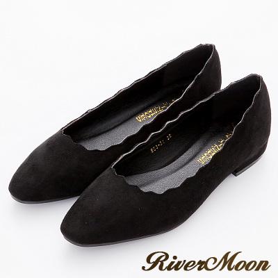 River-Moon跟鞋-韓版麂絨波浪剪裁素面粗跟鞋-名媛黑