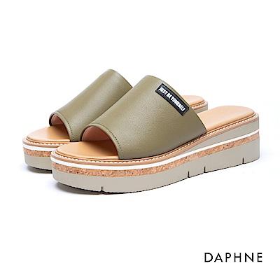 達芙妮DAPHNE 涼鞋-穆勒款簡約字母木紋楔型涼拖鞋-綠