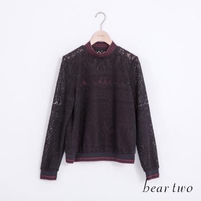 beartwo透視感鏤空蕾絲立領造型上衣-黑色