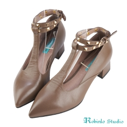 Robinlo Studio 大膽個性鉚釘造型牛皮粗跟鞋 棕