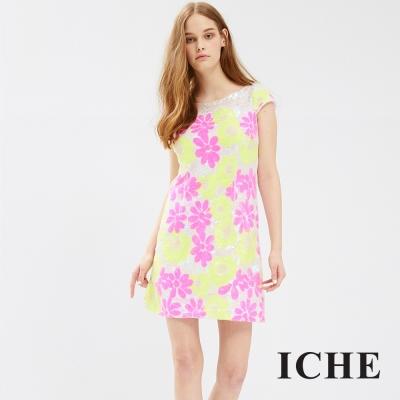 ICHE 衣哲 花朵圖案亮片洋裝