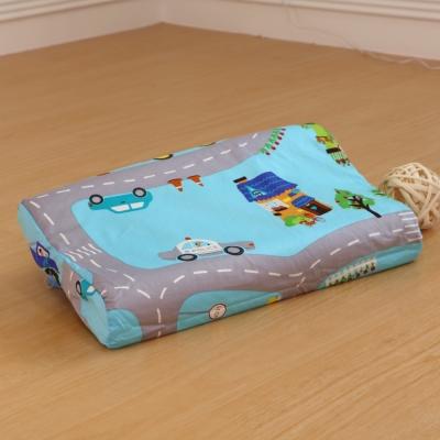 鴻宇HongYew 防蹣抗菌幼童乳膠枕 交通樂園-美國棉