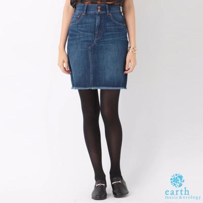 earth music 不修邊造型牛仔短裙