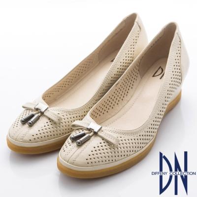 DN-都會優雅-柔軟羊皮蝴蝶結簍空楔型跟鞋-米白