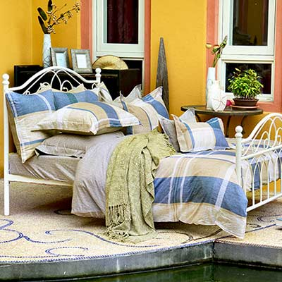 義大利La Belle 都會時光 加大四件式防蹣抗菌舖棉兩用被床包組