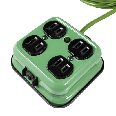 Castle-蓋世特-方型不傾倒-鋼體設計-安全延長插座-4座2孔9呎-F4B-綠