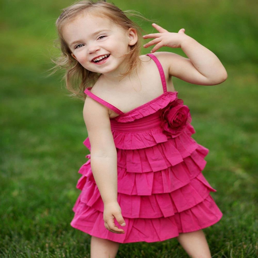 RuffleButts 小女童覆盆子色荷葉細肩帶洋裝
