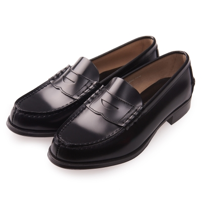 (女)日本 HARUTA 真皮平底素面皮鞋-黑色