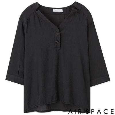 AIR-SPACE-知性V領剪裁棉麻上衣-黑
