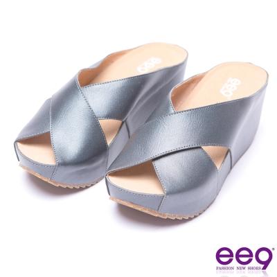 ee9 率性風采交叉鏤空露趾楔形拖鞋-黑色