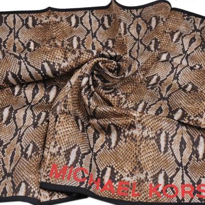 MICHAEL KORS 品牌字母MK LOGO MK蛇紋圖騰領帕巾(蛇紋)