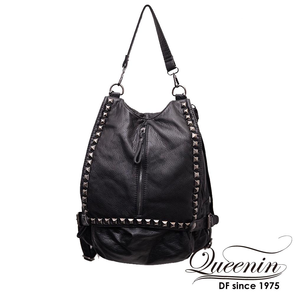 DF Queenin日韓 - 黑世代個性仿皮鉚釘款2用後背包-黑