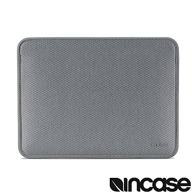 INCASE ICON MacBook Air 13 吋格紋耐磨磁吸內袋-鑽石銀