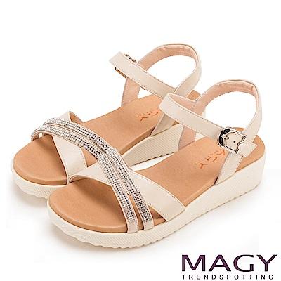 MAGY 夏日時尚 燙鑽交叉牛皮舒適厚底涼鞋-米色