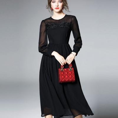 ABELLA 艾貝拉 透視黑紗立體緹花圓領雪紡擺裙洋裝(S-2XL)