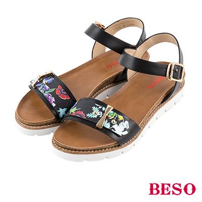 BESO 休閒摩登 印刷花卉圖騰一字涼鞋~黑