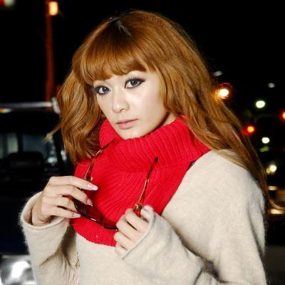 Aimee Toff 暖暖保暖流行短版針織圍脖(紅)