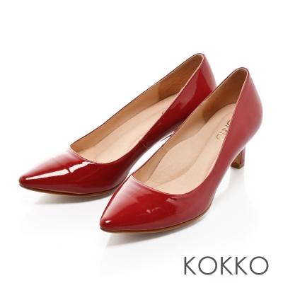 KOKKO-優雅女伶尖頭舒壓軟墊真皮高跟鞋-誘惑紅
