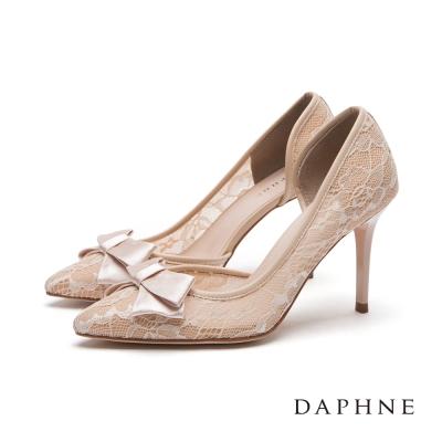 達芙妮DAPHNE-高跟鞋-蝴蝶結中空蕾絲尖頭鞋
