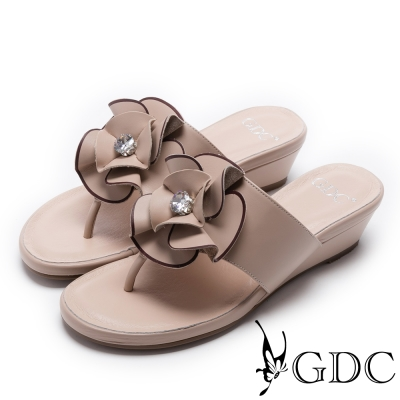 GDC-真皮精緻花卉鑲鑽夾腳楔型拖鞋-粉膚色