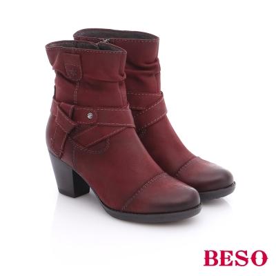 BESO 簡約知性 蠟感牛皮繞帶粗跟短靴 紅色