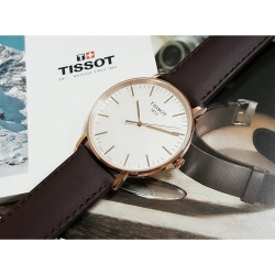 TISSOT 天梭 Everytime 經典雋永腕錶-銀x玫塊金框/42mm
