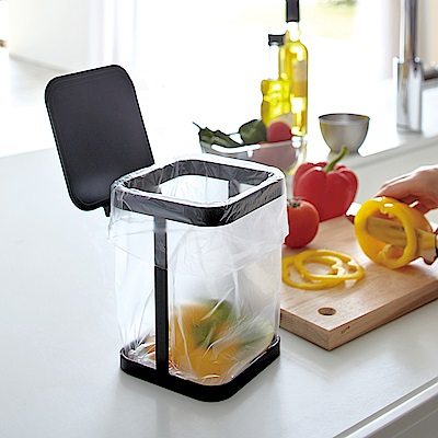 YAMAZAKI tower桌上型垃圾袋架-有蓋(黑) 廚房收納/小型垃圾桶架/桌上垃圾桶