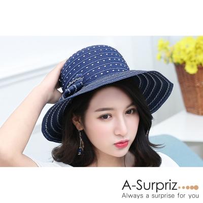 A-Surpriz 淡雅花紋蝴蝶結遮陽帽(深藍)