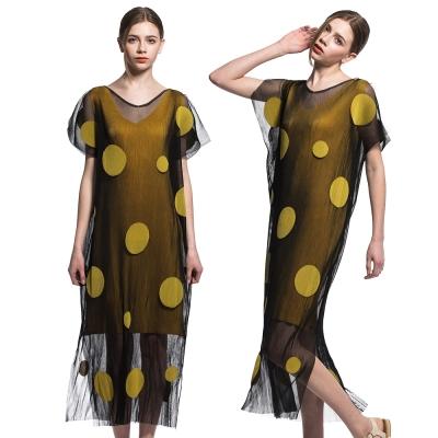 黃色圓點V領飄逸網紗壓摺洋裝-玩美衣櫃