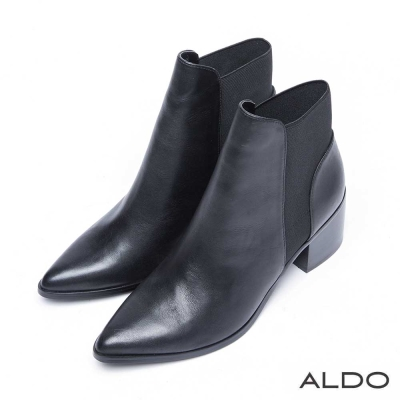 ALDO 黑色勁旅異材質幾何拼接短靴~尊爵黑色