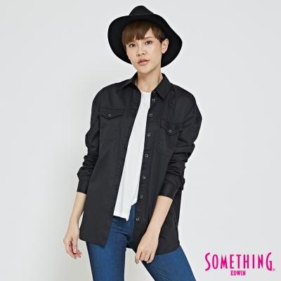 SOMETHING 簡約都會長版襯衫-女-黑色