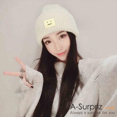 A-Surpriz-方塊笑臉加厚加大反摺毛線帽-米