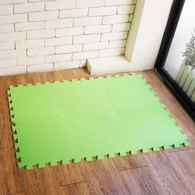 【新生活家】EVA素面巧拼地墊32x32x1cm-果綠 8入