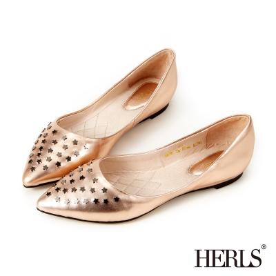 HERLS 全真皮 星星鉚釘尖頭平底鞋-香檳色
